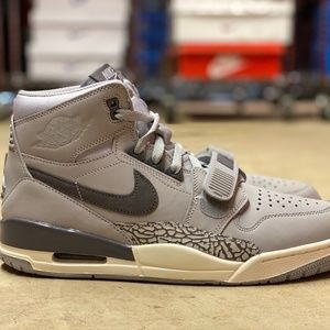 Nike Air Jordan Legacy 312 Mens Shoes Grey Size 11